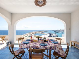 759 Seafront Attic Apartment in Leuca