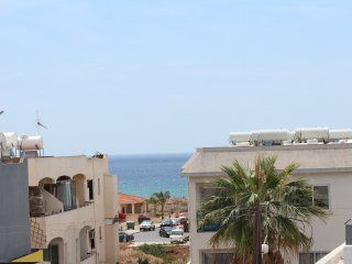 Gr8padz 2 bedroom apartment with huge private terraceCentral Agia Napa