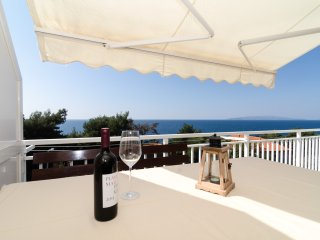 Apartments Villa Ana - Two Bedroom Apartment with Balcony and Sea View