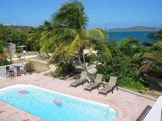 6 Bedroom Beachfront House the Beachouse, Christiansted
