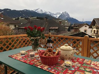 Holiday House on the Pedestrian Zone, Garmisch-Partenkirchen
