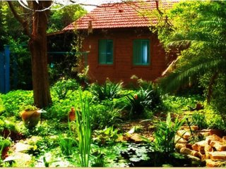 Inner Circle Garden House 1 hour from Tel Aviv