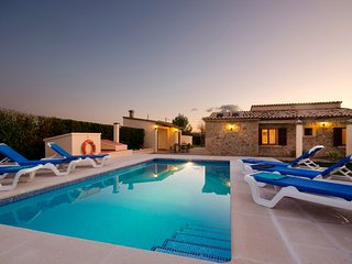 C50MLL Lovely villa for relaxing and soaking up the sunshine, Pollença