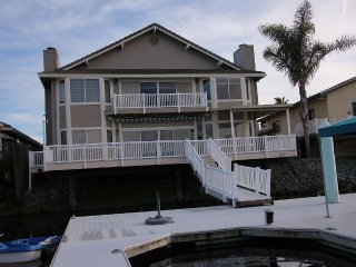Luxurious Large Water Front Home w/Boat Dock, Discovery Bay