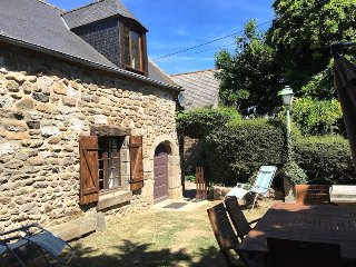 Country house near to beaches - St Malo and Dinan, Ploubalay