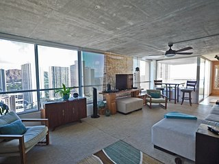2701 Luxurious Waikiki 2 bdrm with Incredible Views!, Honolulu