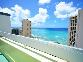 PM1304 OCEAN/CITY VIEWS! AMAZING!!!, Honolulu