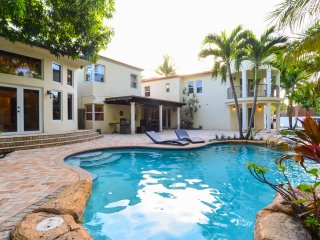 8BR Villa in Miami Beach / Movie Theater / Pool