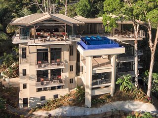 Vista Hermosa Estate-Manuel Antonio's Newest, Private beach trail, Private CHEF, Parc national Manuel Antonio