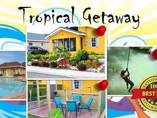 Tropical Getaway, Covered backyard, BBQ, Sleeps 8... just minute from Ocho Rios, Ocho Ríos