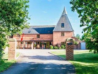 HOP STORE luxury accommodation, courtyard garden, WiFi, Ledbury, Ref 931271