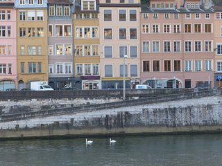 30m2, quiet, in the Old town and on the quays, Lyon