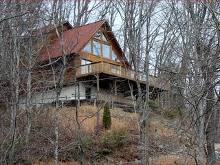 Waterfalls Rd Cabin-Close to Downtown Blowing Rock, Lenoir