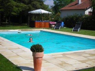 B and B à St Brévin les Pins. Chambres d'hôtes La Mamora, piscine chauffée, spa