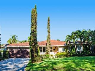 Elegant 4 Bedroom Villa Nestled in Coral Gables, Miami