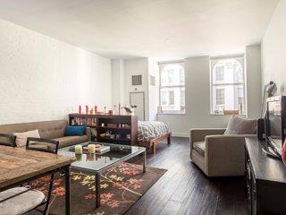 Spacious Studio Apartment in Chelsea, Nova York