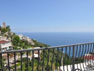 Casa Malisa, sea view terrace, 4 sleeps, Montepertuso