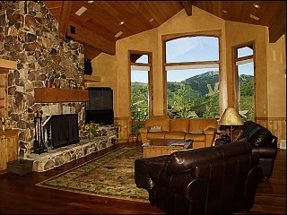 Stunning Private Home, Fantastic Views of Bald Mountain (201530)