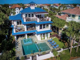 Cake By The Ocean. Gulf View, Private Pool, Directly Across from the beach!