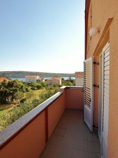 A4 mali(4): terrace