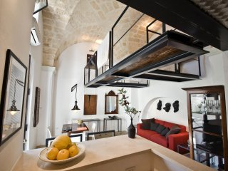 Romantic Loft- Incredible Architecture near the Ionian Sea - Great year-round!