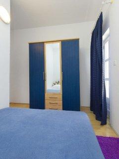 A1 žuti(4): bedroom