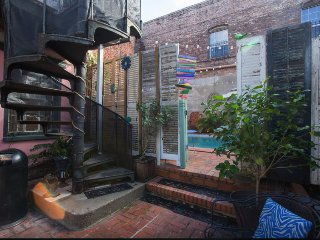 French Quarter accommodation with POOL, New Orleans