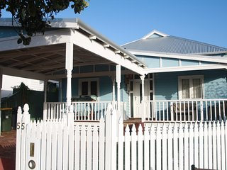 Luxury City Cottage Victoria Park
