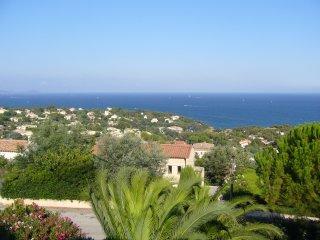 villa tout confort avec vue mer et proche de la plage