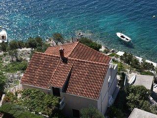 Mare A1(5+1) - Cove Ljubljeva (Vinisce), Sevid