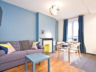 Modern and Bright,Trendy Canal Saint Martin,10Mn Walk from Gare du Nord/Eurostar, Paris