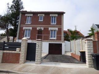 Maison typique et confortable avec jardin, Le Havre