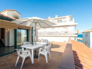 Costabravaforrent Farina 3,  para 4, 50m playa