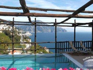 Villa in Sorrento & Amalfi Coast : Amalfi & Ravello Area Villa Lanterna