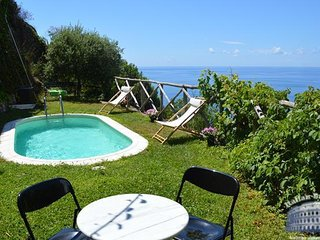 Villa in Sorrento & Amalfi Coast : Amalfi & Ravello Area Villa Molfetta, Maiori