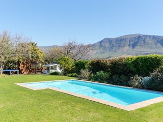 Cherry Lane, Constantia home with breathtaking views