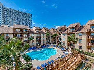 Large 3 Bedroom 2 Bath Pool / Courtyard View Condo - Anchorage Rentals