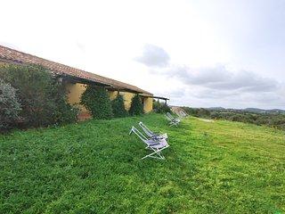 Villetta stazzo bilocale3 con barbecue e giardino a 2 minuti dalla spiaggia, Aglientu