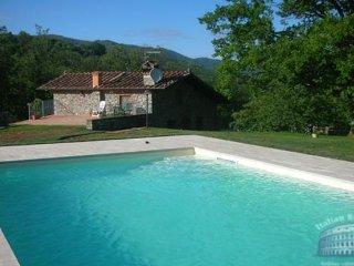 Villa in Tuscany : Lucca & Pisa Villa Gambo, Pescaglia