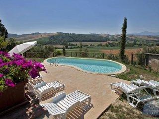 Villa in Tuscany : Montepulciano Area Podere Vettino - Villa, Montalcino