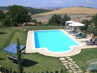 Villa in Tuscany : Montepulciano Area Villa Amiata, Montalcino