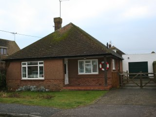3 bedroom bungalow near the sea, Pevensey Bay