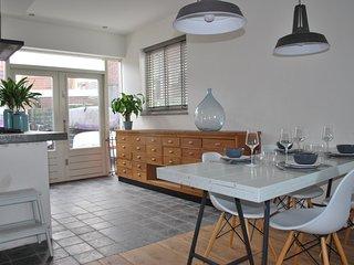 Wijkiki Surf House Cosy familyhouse for 4, Wijk aan Zee
