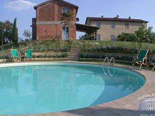 Villa in Tuscany : Siena / S. Gimignano Area Villa Arbia, Isola d'Arbia