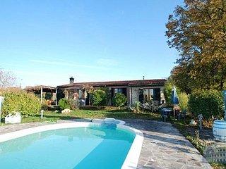 Villa in Tuscany : Siena / S. Gimignano Area Villa Fienile, Monticiano