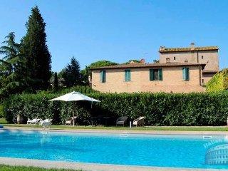 Villa in Tuscany : Siena / S. Gimignano Area Villa Sienese, Moltacino