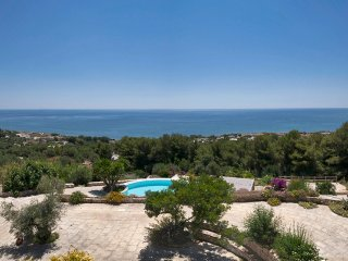 172 Seaview Villa with Pool in Torre Vado