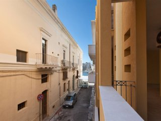 208 Apartment in the Historic Center of Gallipoli