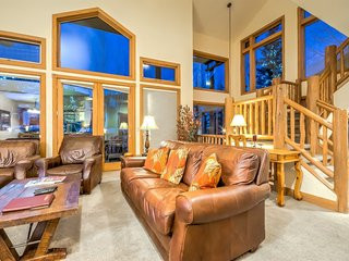 High End Townhome With Perfect Location, Amenities and Lay Out, Steamboat Springs