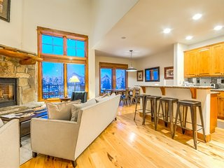 Mountain Contemporary Luxury, Best Location and Amenities, Steamboat Springs